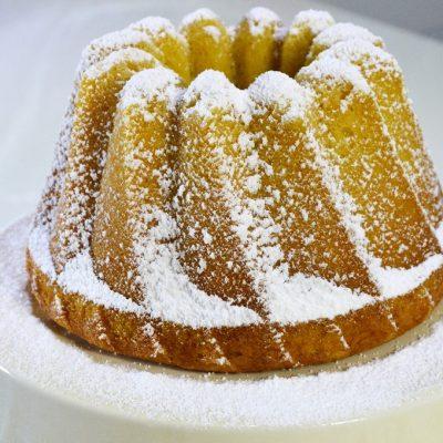 11-10-2015bundt-cake-de-yogur-y-sirope-de-arce-estillo-nigella-lawson1