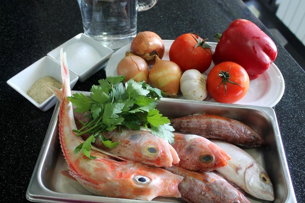 Como hacer un caldo de pescado básico