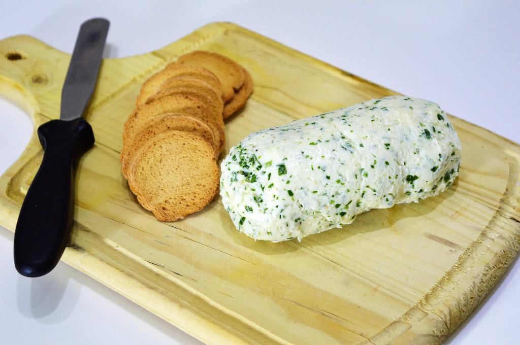 Como hacer mantequilla casera y mantequilla «Maitre d'hotel»